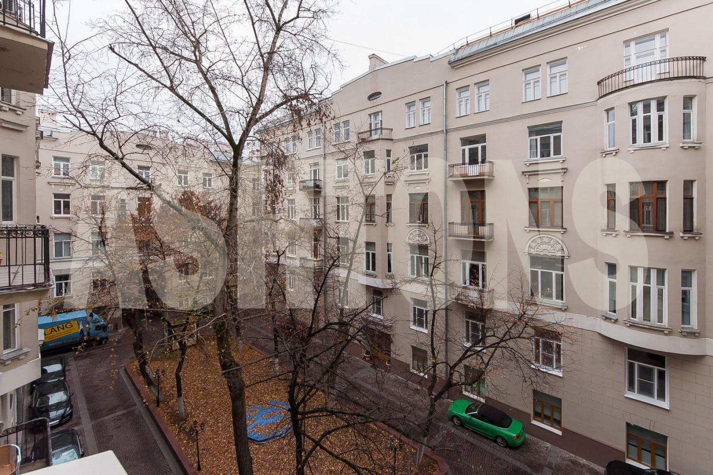 Ashtons International Realty ashtons.ru агентство элитной недвижимости аренда элитной квартиры в центре Москвы район арбат