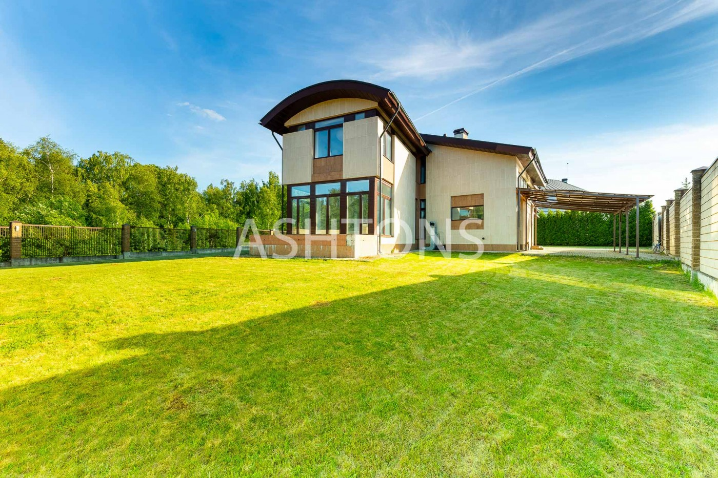 Продажа загородного дома в кп 10 ярдов по Рублево-Успенскому шоссе