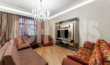 Аренда элитной четырехкомнатной квартиры у метро Белорусская в ЦАО