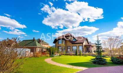Продажа загородного дома в коттеджном поселке Новорижский