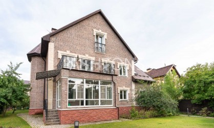Продажа загородного дома в коттеджном поселке Рублевский